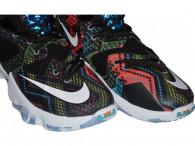 Basketbalové boty Nike Lebron XIII BHM