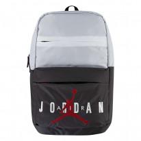 Batoh Jordan Air Pivot