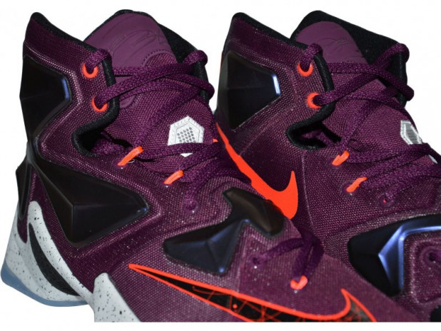 Basketbalové boty Nike Lebron XIII WRITTEN IN THE STARS