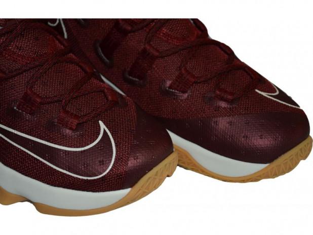 Basketbalové boty Nike Lebron XIII low Cleveland
