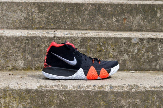 """Basketbalové boty Nike Kyrie 4 """"41 points"""""""
