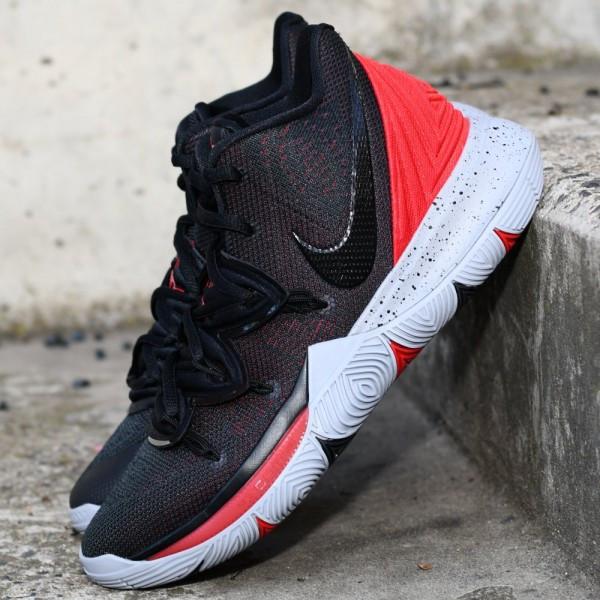 Basketbalové boty Nike Kyrie 5 Bred