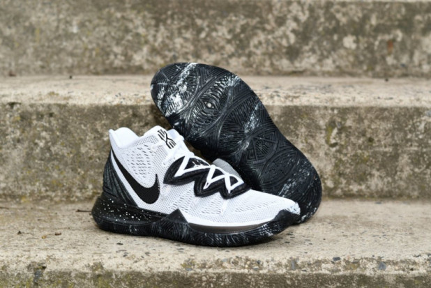 Basketbalové boty Nike Kyrie 5 Cookies And Cream