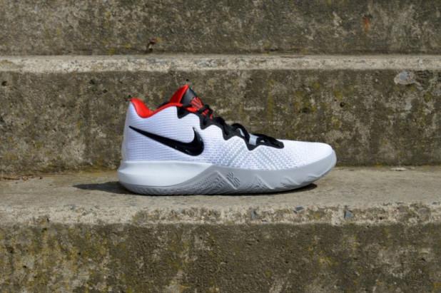 Basketbalové boty Nike Kyrie Flytrap