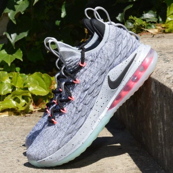 Basketbalové boty Nike Lebron XV low Flight pack  f3b01d42fc