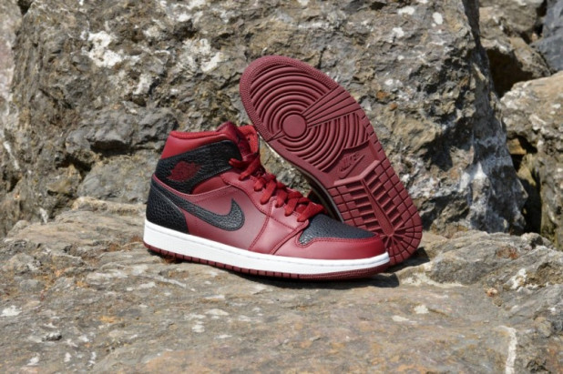 Boty Air Jordan 1 MID
