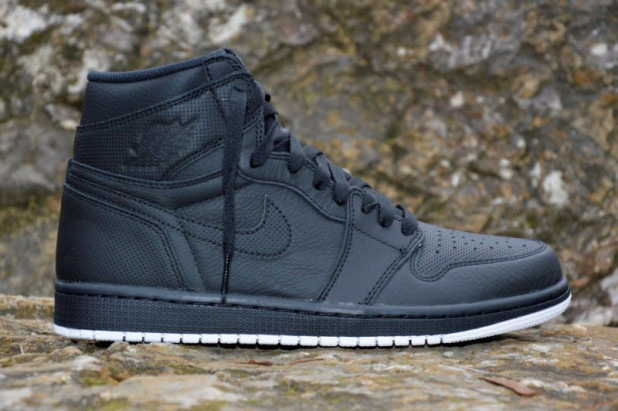 Boty Air Jordan 1 Retro high OG Perforated Pack