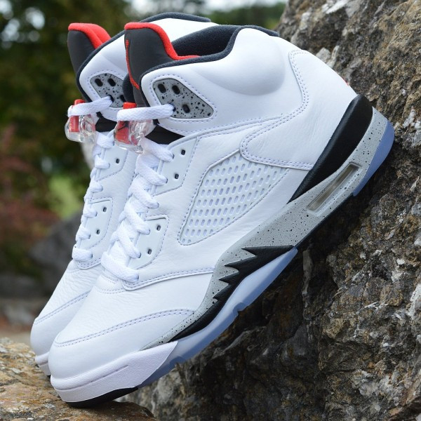 7c8e9ac3341 Boty Air Jordan 5 Retro White Cement