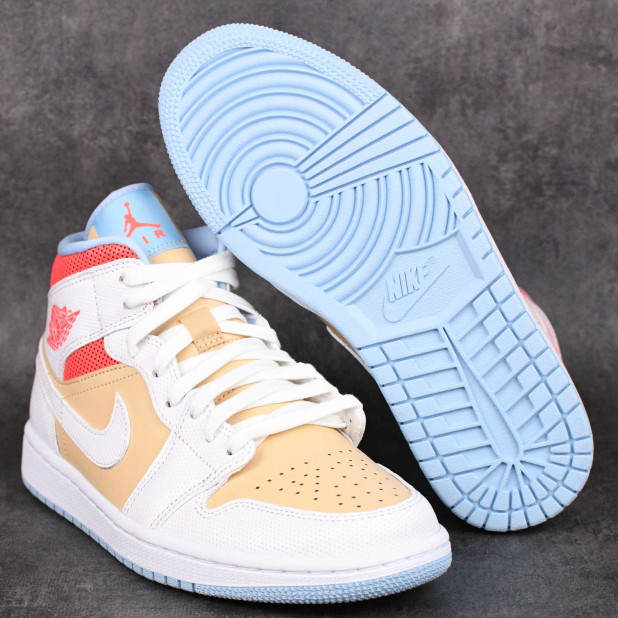 Dámské boty Air Jordan 1 Mid SE