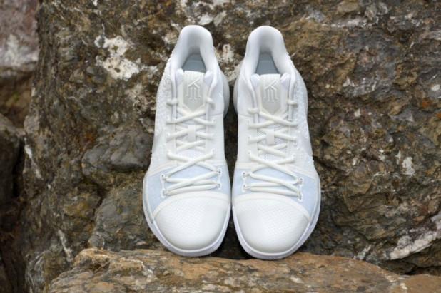 Dětské basketbalové boty Kyrie 3 Summer Pack