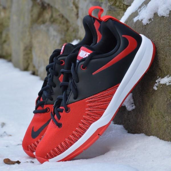Dětské basketbalové boty Nike Hustle D7 low  1e52decca2