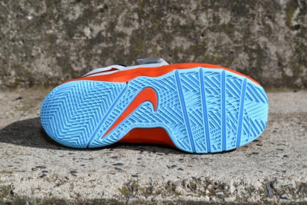 06a40731e56 Dětské basketbalové boty Nike Hustle D8 PS(malé děti)
