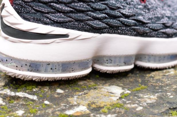 Dětské basketbalové boty Nike Lebron XV Pride of Ohio