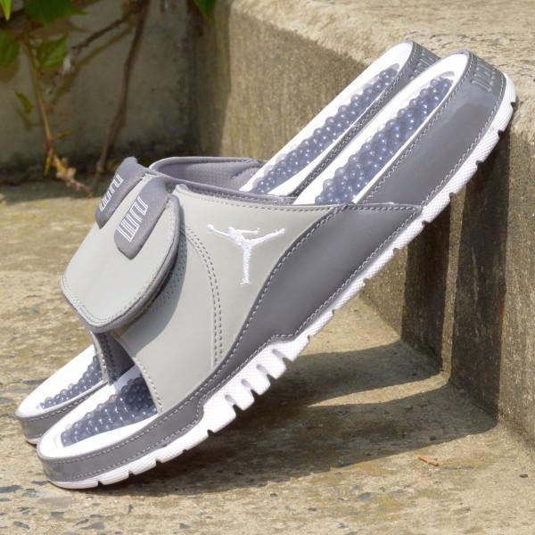 Pantofle Jordan Hydro XI retro