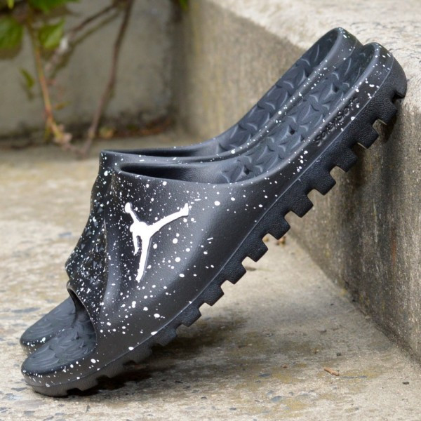Pantofle Jordan Super.fly team slide